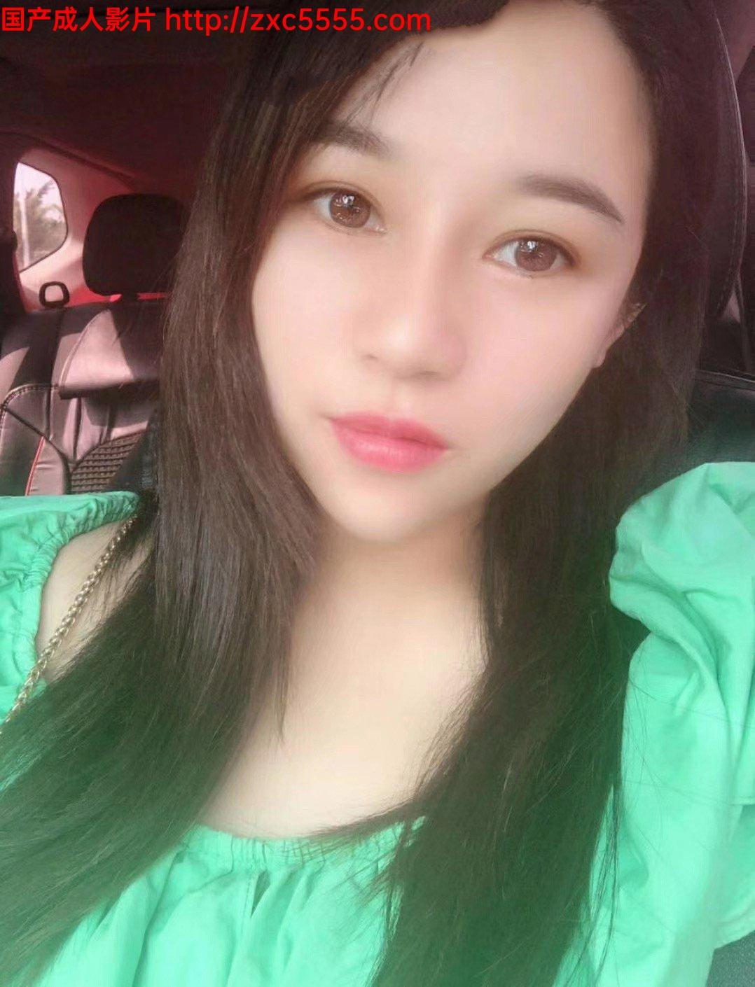 九一新人峰哥酒店约啪一个做美妆的兼职美女服务挺不错的长相甜美唯一的遗憾就是灯光有点暗[646MB]